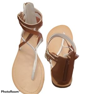 Harlow white and brown sandals NWOT